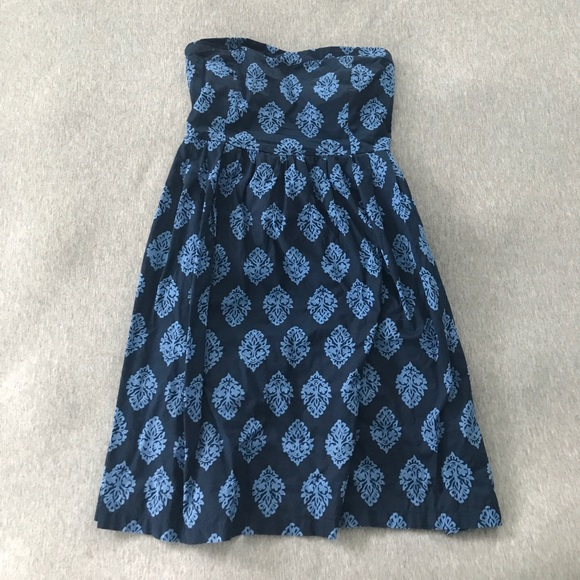 Old Navy Dresses & Skirts - Navy blue strapless dress